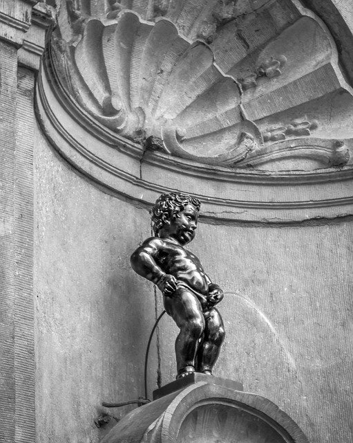Manneken Pis in Brussels #travelclans #Brussels #MannekenPis #ThingstoDo