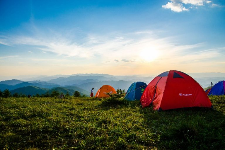 Camping Staycation Idea #travelclans #staycation